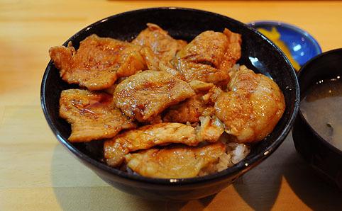板橋 豚丼 白樺