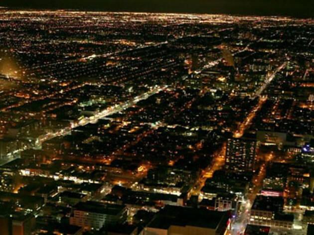 映画「ザ・シティ・ダーク - 眠らない惑星の夜を探して」