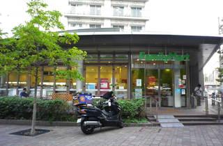 ファミリーマート 渋谷ガーデンフロント店