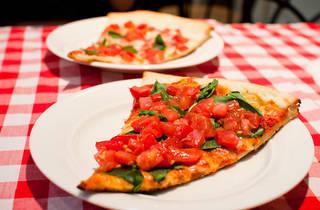 ラッコズ ニューヨークスタイルピザ