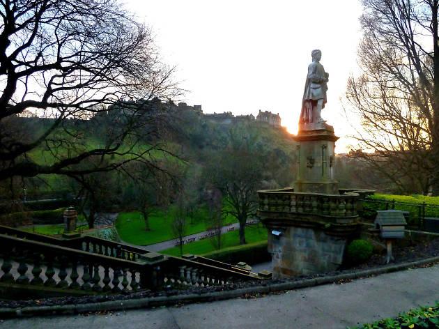 allan ramsay statue, princes street gardens west
