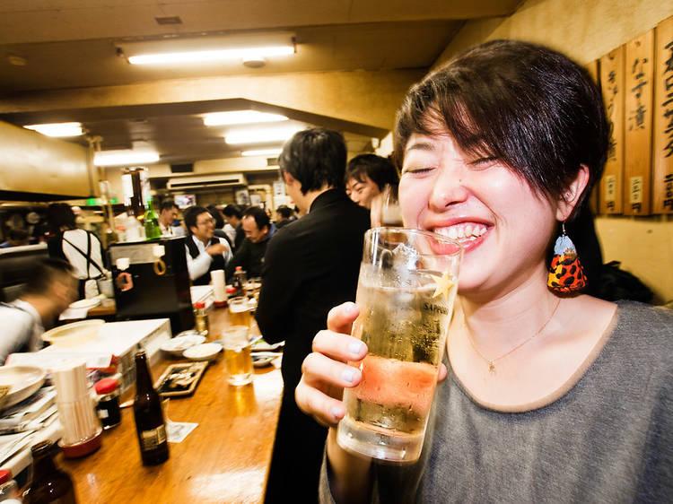 立ち飲み 富士屋本店
