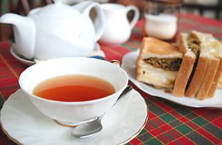 紅茶の店 青い空