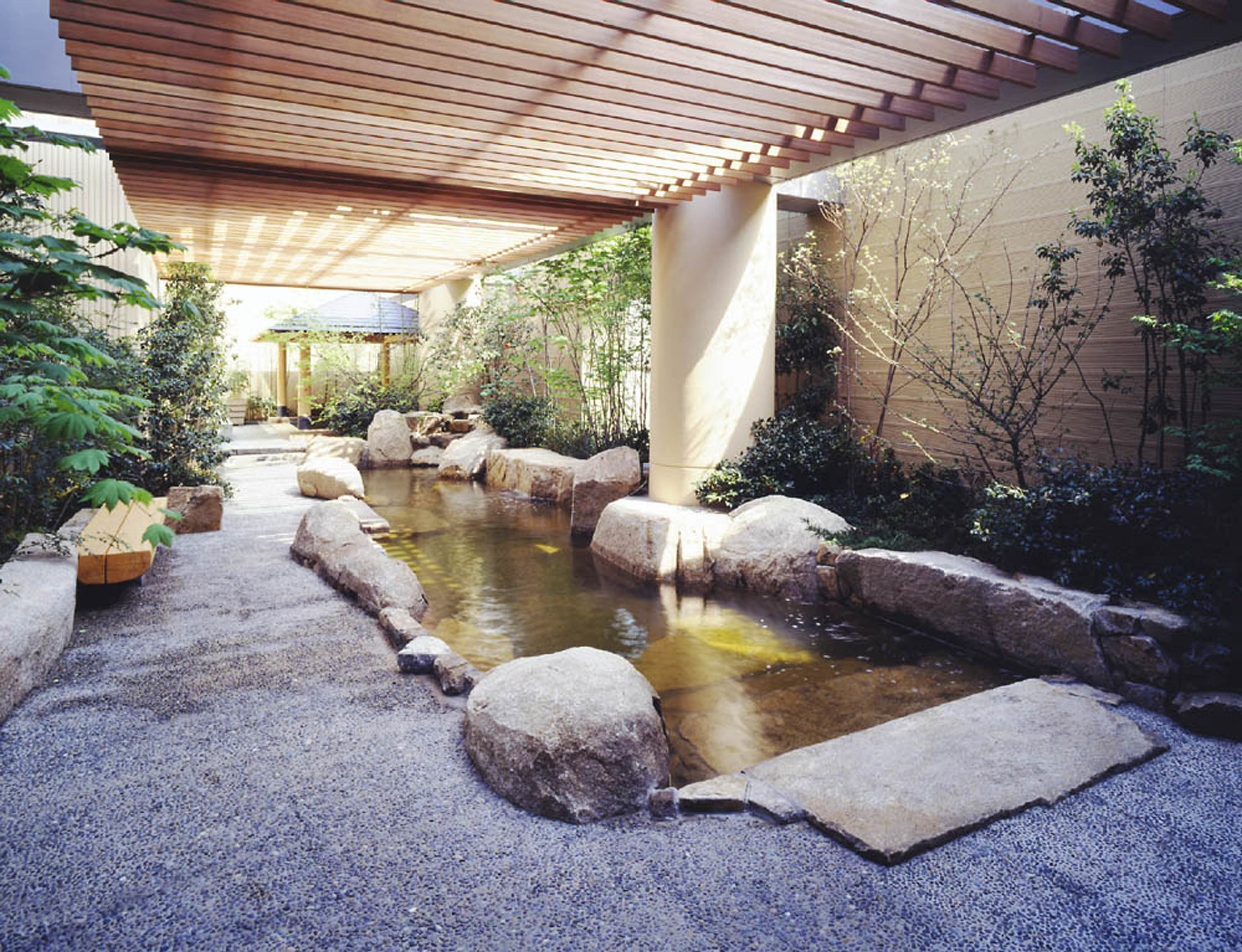 Top 10 tokyo bath houses time out tokyo for Japan dome house price