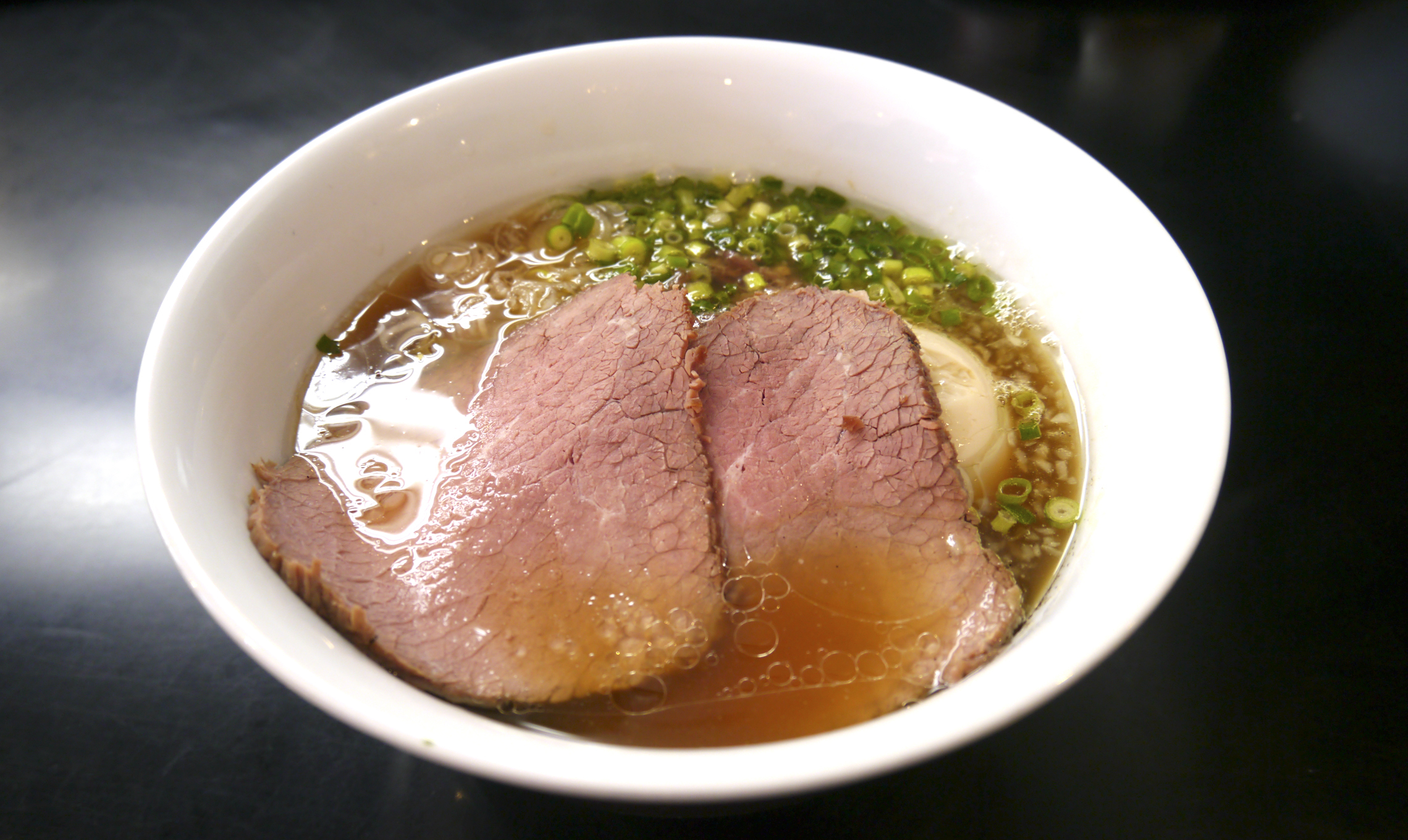 牛骨、牛肉『牛骨らぁ麺マタドール』