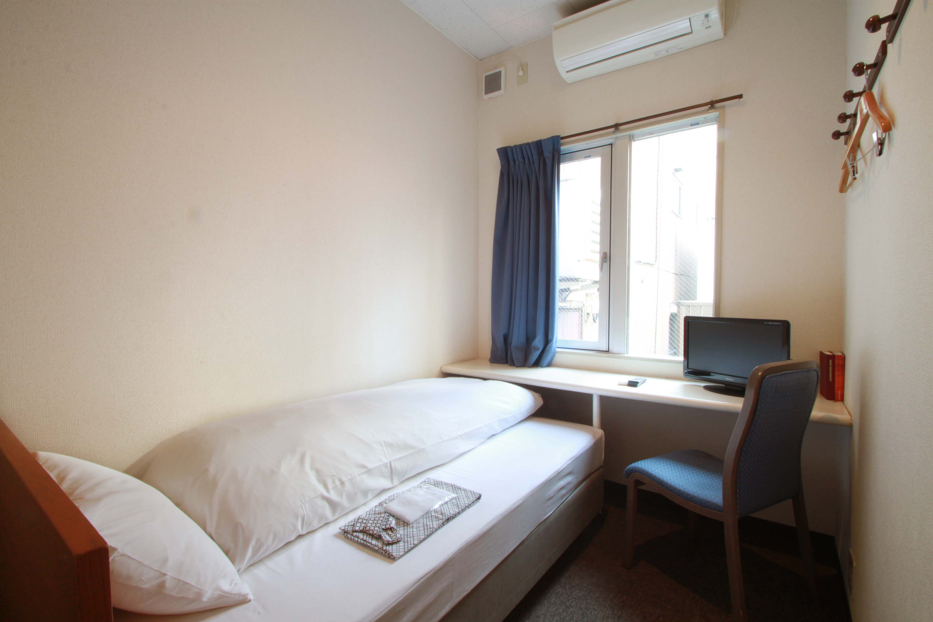 Best cheap hotels in tokyo time out tokyo for Cheap hotels