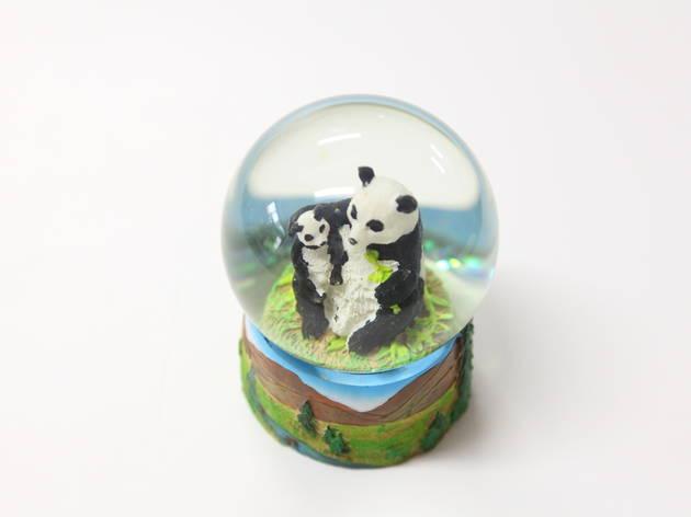 パンダと雪景色を夢見る.