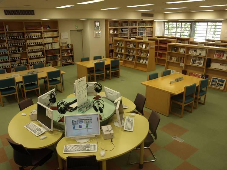 伝統芸能情報館