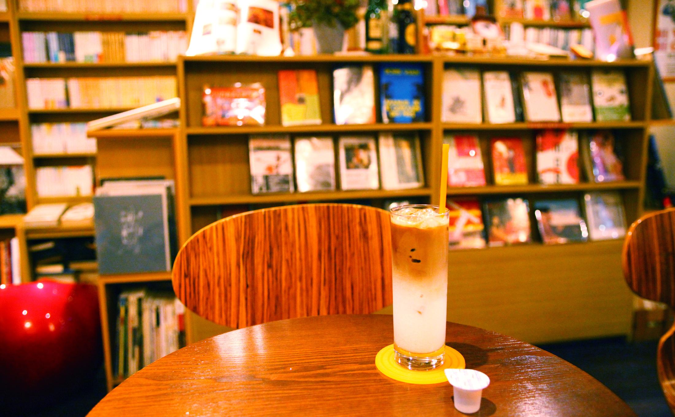 ブックス&カフェ・ブーザンゴ