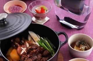 ブリタ×ル・クルーゼで作る、大人の牛鍋ご膳