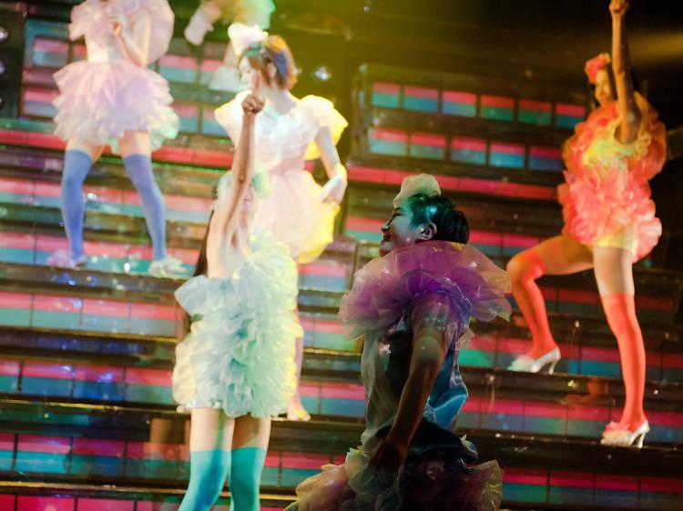 Ogle at some gender-bending dancers