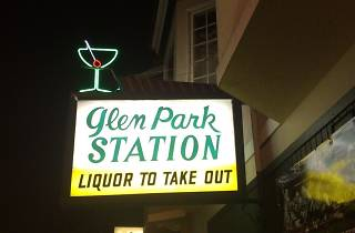 One of San Francisco's best sports bars, Glen Park Station