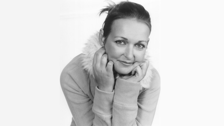 Mandy Knight (UK)