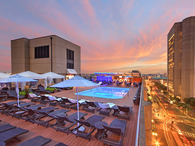 The 9 Boston rooftop bars you need to experience