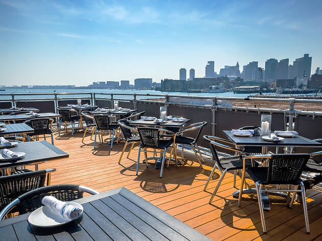 The best waterfront restaurants in Boston