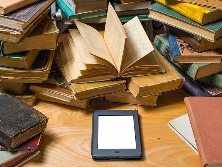 Apuntarte a un club de lectura virtual