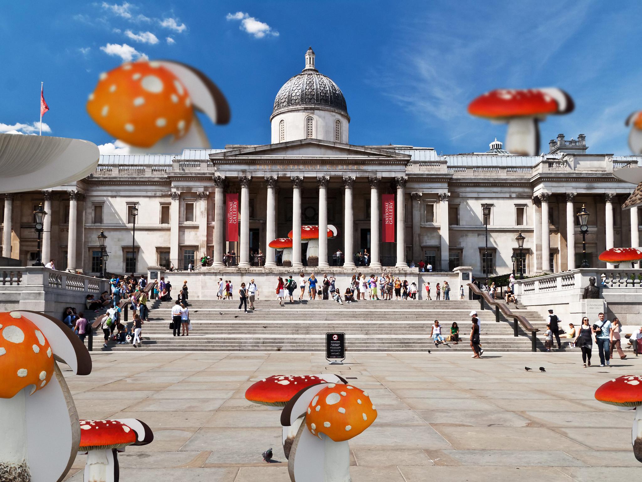 Carsten Holler, mushrooms in Trafalgar Square