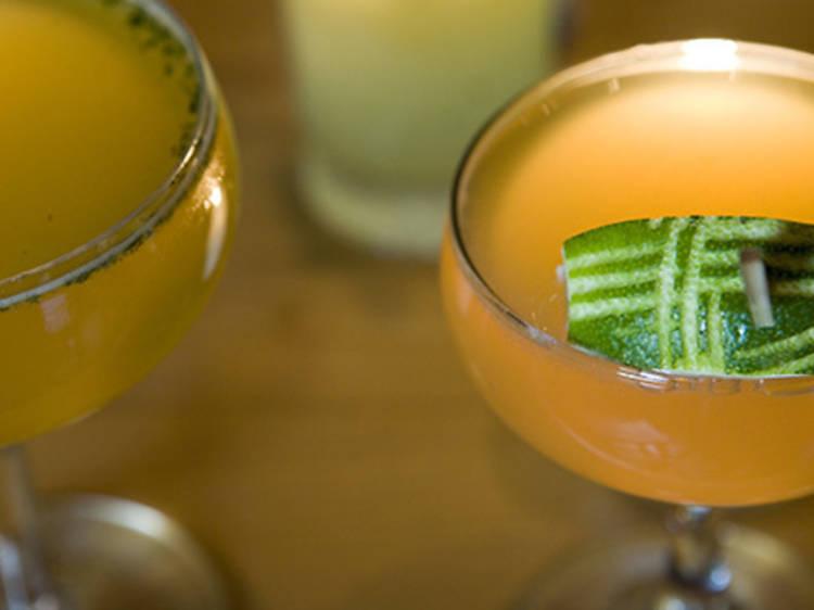 Siroter un cocktail griffé chez Pegu Club