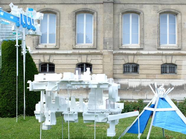(Sèvres Outdoors 2015 / Romain Pellas, 'Spikes', 2015 / Galerie Jean Brolly / Photo : © TB / Time Out)