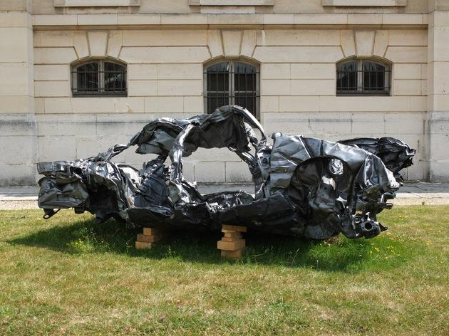 (Sèvres Outdoors 2015 / Fabien Giraud et Raphael Siboni, 'La Condition', 2009 / Galerie Loevenbruck / Photo : © TB / Time Out)