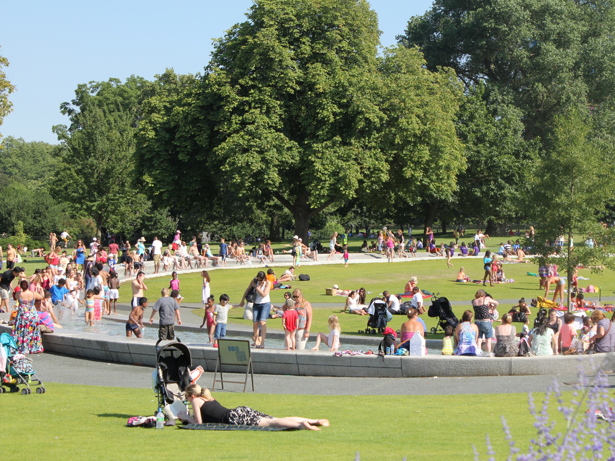 101 things to do in London with kids, Princess Diana Fountain