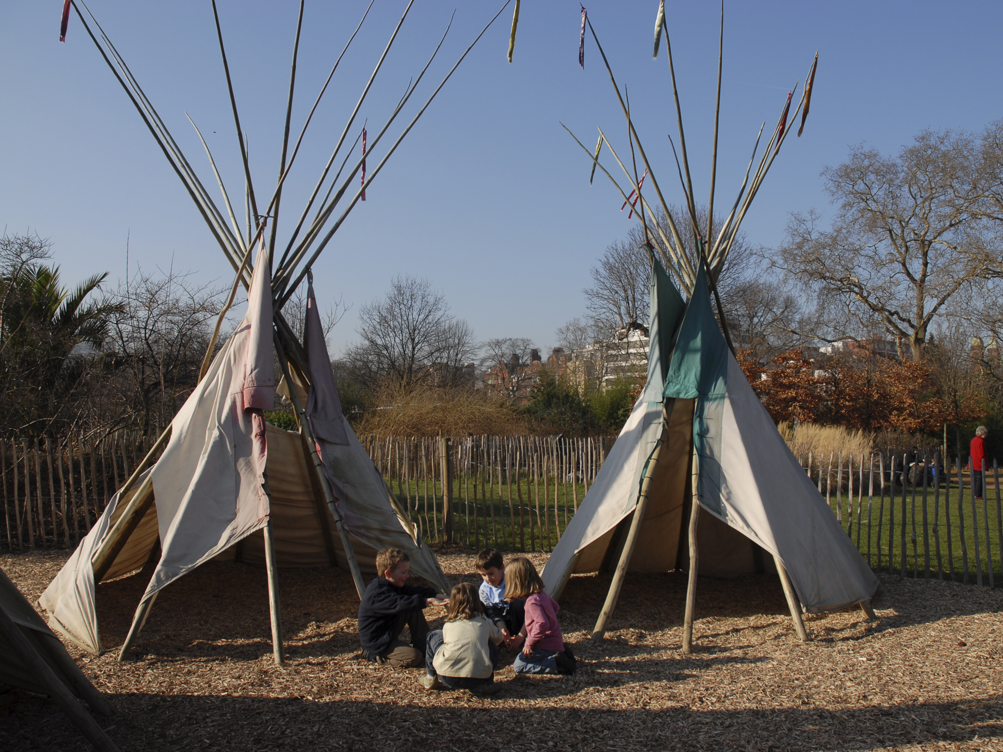 101 things to do in London with kids, Princess Diana Memorial Playground, wigwams