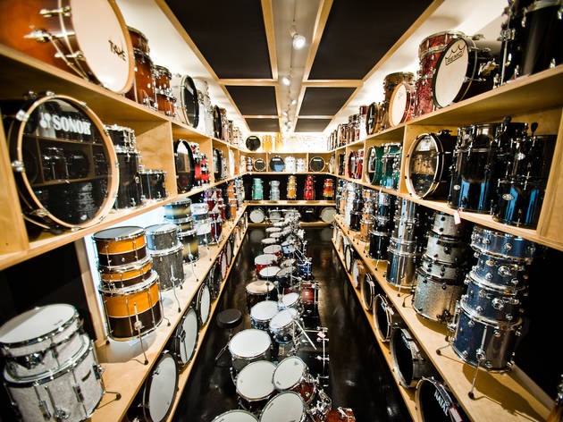 <p>Vic's drum shop</p>