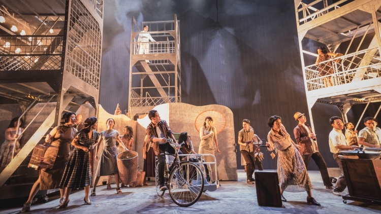 Review: Singapura: The Musical