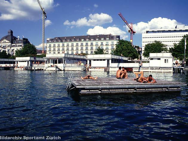 Seebad Utoquai • Zurich