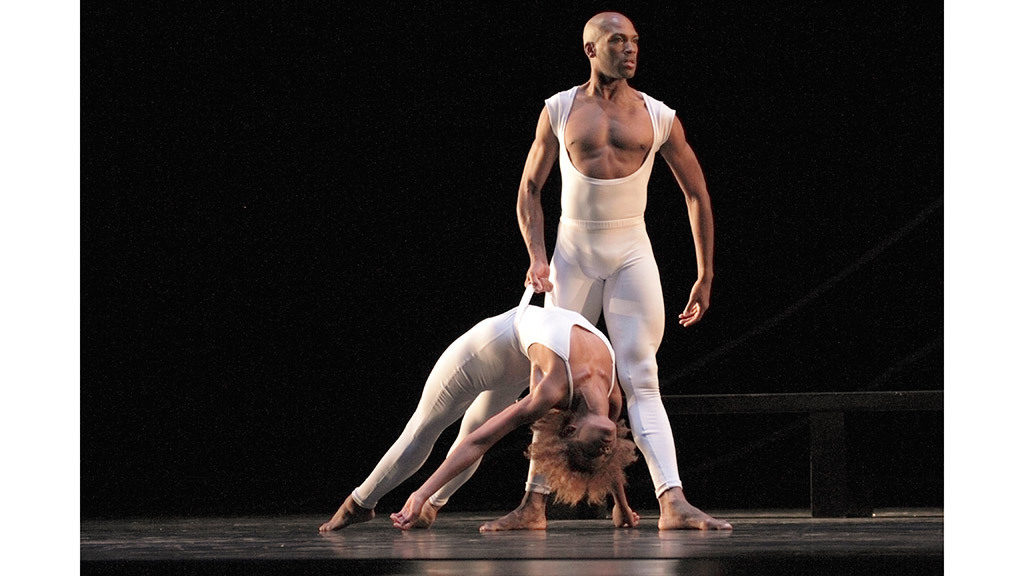 AAADT's Antonio Douthit-Boyd and Samantha Figgins in Ulysses Dove's Bad Blood