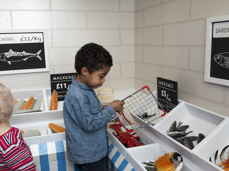Play shops in the fish market section of the National Maritime Museum's Ahoy!