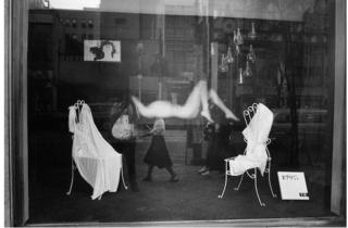 (Marc Riboud, 'Japon', 1958 / Courtesy de Marc Riboud et galerie Polka, Paris)
