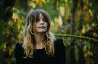 Photo of singer Jessica Pratt