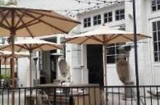 Primo Sports Bar & Grill