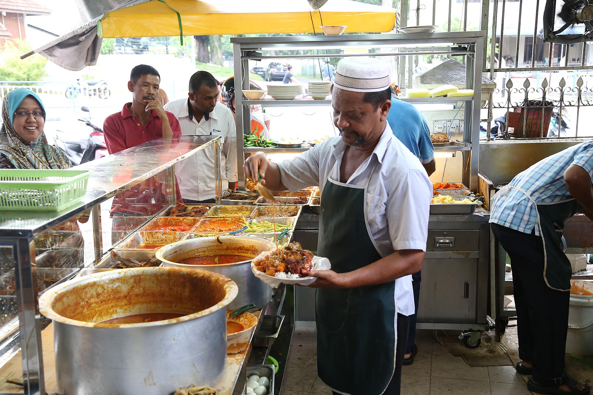 Deen Maju Restaurants In George Town Penang
