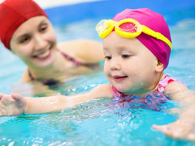 Swimming lessons for kids at the YMCA