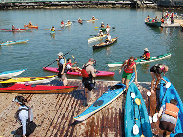 Free kayaking in NYC for families