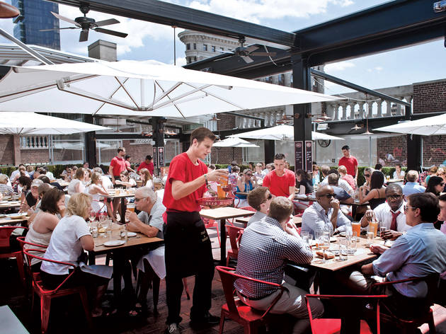 Rooftop restaurants NYC families will love