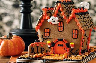 Haunted Candy House Dessert Class