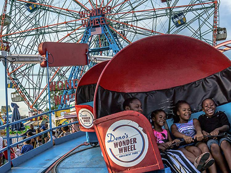 Deno's Wonder Wheel Amuseument Park