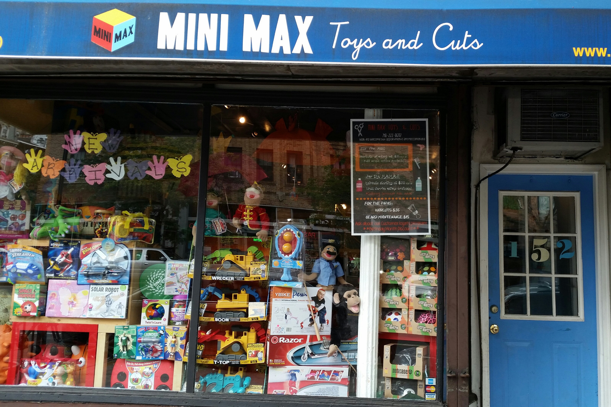 Mini Max Toys & Cuts