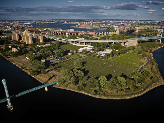 Randalls Island Park | Attractions in Randall's Island, New ... on tuscaloosa marine shale field map, grand park field map, central park map, new york city area map, flanders field map, randall's island new york map, city island map, randall island ny map, bear creek park field map,