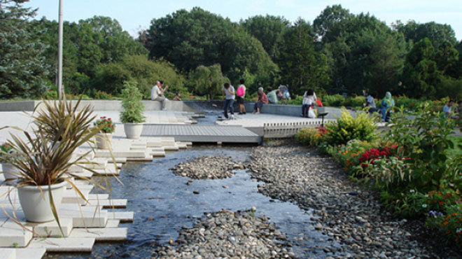 Queens Botanical Garden Down to Earth Farmers' Market