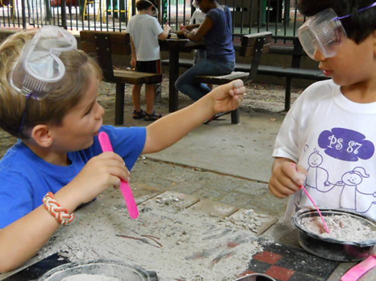Dazzling Discoveries STEM Summer Camp