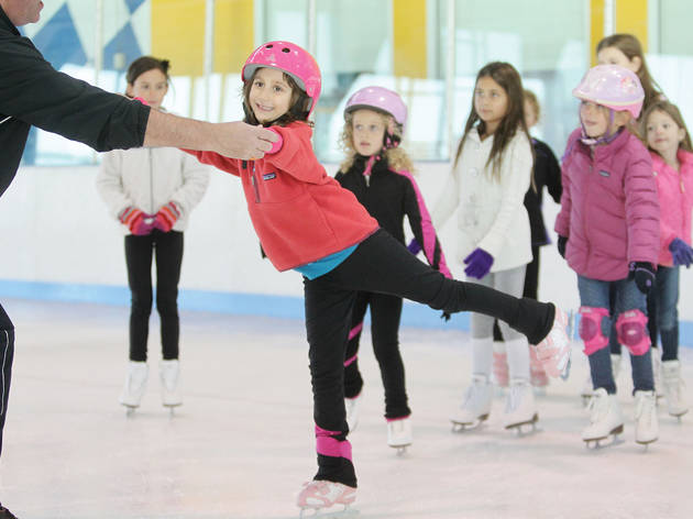 Best ice skating lessons for kids in NYC