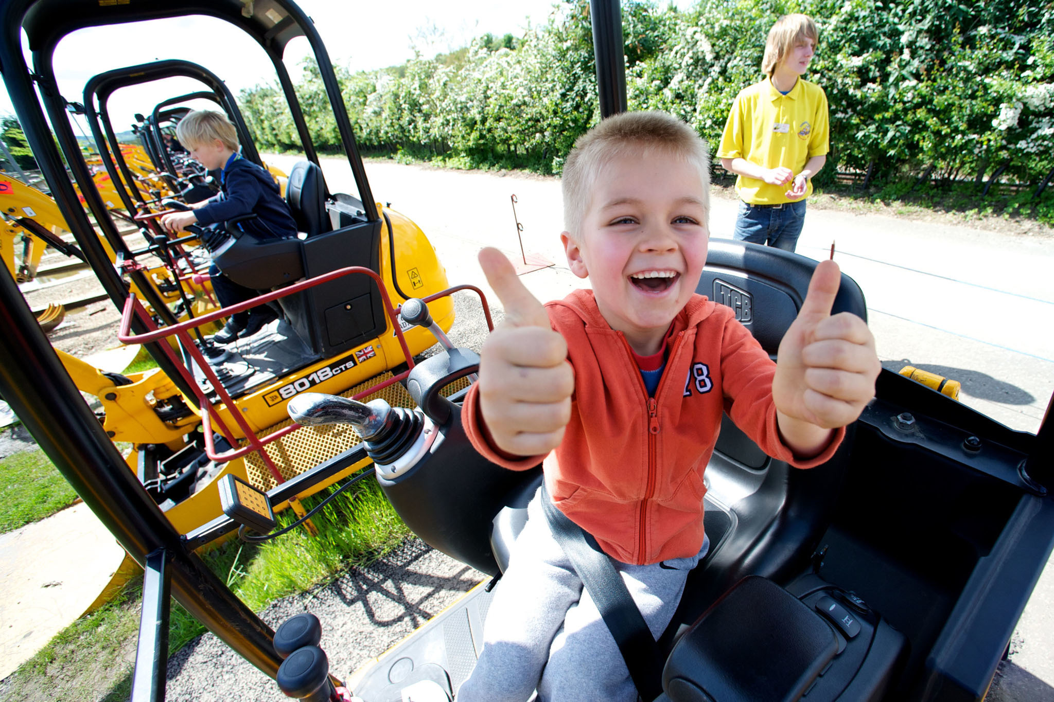 diggerland-usa-mini-diggers-treasure-001.jpg