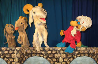 Penny Jones & Co Puppet Show: More Mother Goose Tales featuring The Three Little Pigs