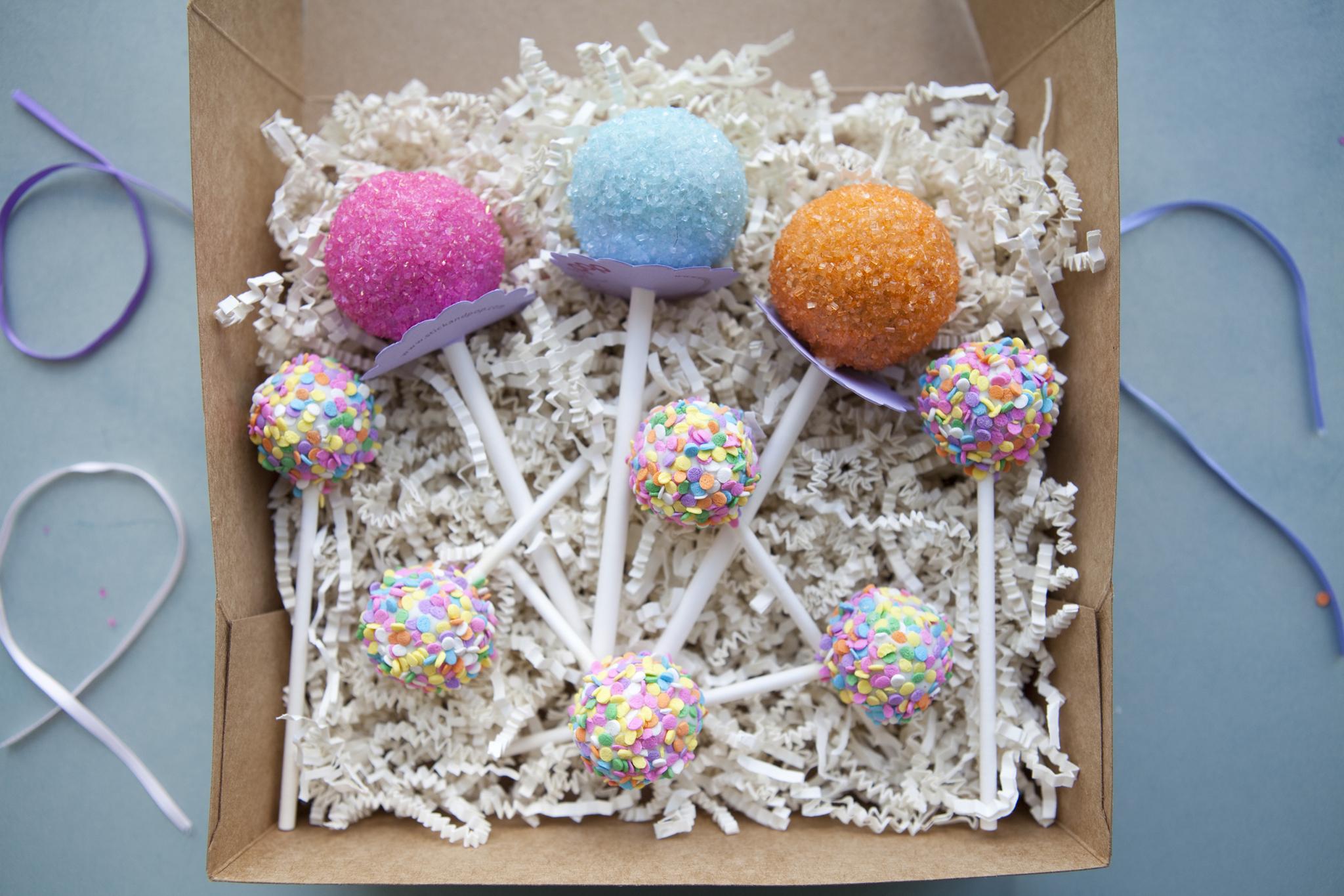 Cutest way to eat cake: Stick&Pop cake pops