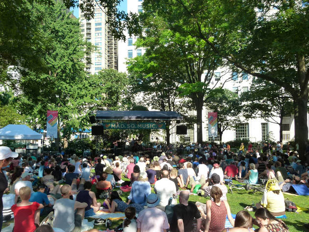 Mad. Sq. Music: Oval Lawn Series