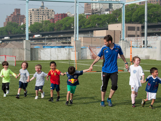 Get competitive at Brooklyn Bridge Park Family Field Day